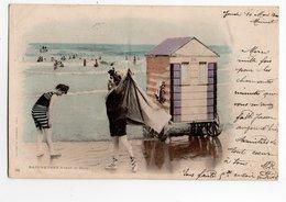 BAIGNEUSES * PLAGE *MER * ROCHER * MAILLOT DE BAIN * CABINE * édit. Du Panorama * Carte N° 33 Colorisée & Précurseur - Femmes