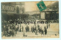St Mihiel - La Place Des Moines Pendant Le Concert Militaire Du Dimanche - Saint Mihiel