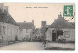 CPA 72 Nouans Place Et Route De Doucelles - Marechal Ferrant - France