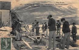 CPA Ma Roche Des Arnauds - Les Glacières - Récolte De La Glace. Au Fond Le Mont Céüse ( 2019m ) - France