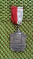 Medaille :Netherlands  -  4e. Vijfherenlandentocht Schoonrewoerd - 1971  / Vintage Medal - Walking Association . - Pays-Bas