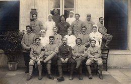 CPA 2847 - MILITARIA - Carte Photo Militaire - Blessés & Infirmières - Hopital Auxiliaire 101 à ROCHEFORT - SUR - MER - Personen
