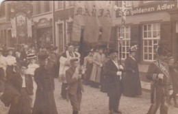 48108Photo, Hubert Koch, Kevelaer. Prozession1908. (oben Nadelstich) - Kevelaer