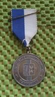 Medaille :Netherlands  -  Rijwiel Vierdaagse Almelo ( 1 )  / Vintage Medal - Walking Association . - Nederland