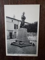 L17/293 BRIEY. Statue Du Docteur Maillot - Briey