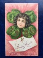 """Cpa--gaufrée-""""Fille Au Coeur D'un Trèfle à Quatre Feuilles--(my Ref 319)-1905 - New Year"""