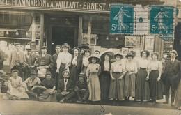 J15 - Carte Photo - Librairie E. Flammarion Et A. Vaillant - Le Personnel Pose Pour La Postérité - Negozi