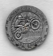 Pin's, Broche  Argentée  Ville, Moto  CONCENTRATION  A . M . B . 25 - LES  BRESEUX, Poids : 25 Grs - Motorbikes