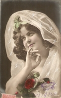 """Pretty Smiling Lady. Roses. Veil"" Nice Vintage French Postcard - Femmes"