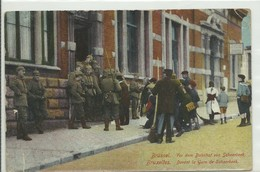 CP.Bruxelles-Schaerbeek (ex-Collection DELOOSE) - Devant La Gare De Schaerbeek Soldats Allemands - W0283 - Schaarbeek - Schaerbeek