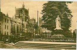 3630. Bristol Cathedral & Queen Victoria Statue - Bristol