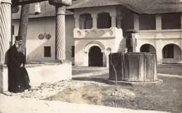 Romania - CALIMANESTI - Curtea Manastirea Cozia. REAL PHOTO. - Roumanie