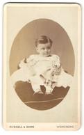 Photo Russell & Sons, Worthing, Portrait Niedliches Kleinkind Im Hübschen Kleid Mit Puppe - Anonymous Persons