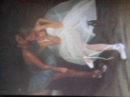 CP DAVID HAMILTON - 2 Danseuses Chuchotant Des Secrets - Illustrateurs & Photographes