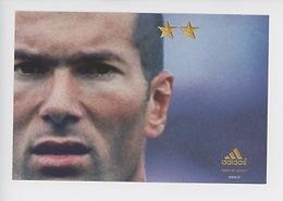 "Zinedine Zidane ""On N'a Qu'une Seule Chose En Tête"" Juin 2002 - Cp Vierge (Adidas) - Soccer"