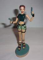 """Figurine Lara Croft - Tomb Raider """"Strahov Complex"""" N°1 - Figurines"""