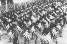 WW2- Défilé Des Jeunesses Hitlériennes à Berlin - 1939-45