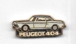 Pin's  Automobile  PEUGEOT  Beige  404  Signé  HELIUM  PARIS - Peugeot