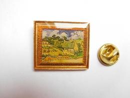 Superbe Pin's , Peinture , Art , Maison à Cordeville De Vincent Van Gogh , Signé Pin Art's - Personnes Célèbres