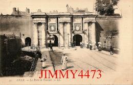 CPA - LILLE 59 Nord - La Porte De Tournai, Rue Bien Animée ( Vieille Carte 1900 / 1901) - N° 35 - L L. - Lille