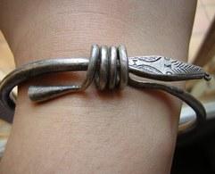 Bracelet Tête De Serpent, à Dater, Origine Maghreb ? Poinçon à Identifier - Art Africain