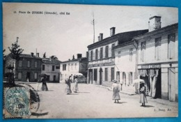 CPA - QUINSAC - La Place Côté Est - Animée: Boucherie-charcuteie, Femmes Avec Ombrelles... - Francia