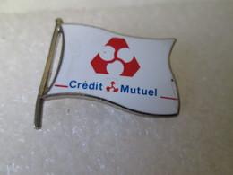 PIN'S    CREDIT  MUTUEL   Egf - Banken