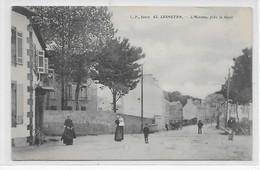 Lesneven-L'Avenue Près La Gare - Lesneven