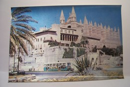 MALLORCA - CATEDRAL DE PALMA   - CARTE  LENTICULAIRE - 3  D  - ( Pas De Reflet Sur L'original ) - Mallorca