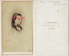 A Voir-CDV ALGER-Madame Evariste BAIZEAU Née Amélie JACQUIN--photo Roubieu - Guerre, Militaire