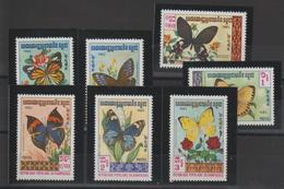 Kampuchea 1983 Papillons 369-75 7 Val ** MNH - Kampuchea