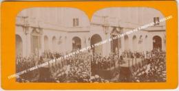 STEREOSCOPIC / IMAGE STEREO VIEW 1903-04 VIEW LE PAPE PIE X PRECHANT AU VATICAN / PAPA PIE X PREDICATA AL VATICANO - Stereoscopio