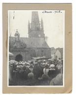 CARNAC (56) Photographie Contrecollée Sur Carton Place De L'église Cérémonie Animation 1923 - Carnac