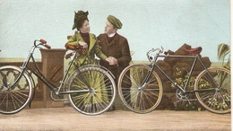 """Couple Cyclists Tking A Rest"" Curious Vintage German Postcard - Coppie"