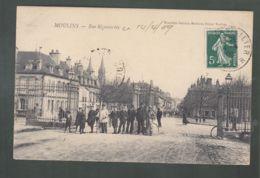CPA - 03 - Moulins - Rue Régemortes - Moulins
