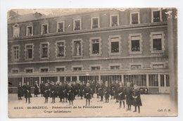 - CPA SAINT-BRIEUC (22) - Pensionnat De La Providence - Cour Intérieure (belle Animation) - Collection E. H. 4834 - - Saint-Brieuc