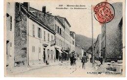 Jura  MOREZ Du JURA Grande Rue La Gendarmerie   (1905) (petite Animation) - Septmoncel