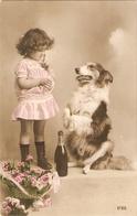 """""""Pretty Little Girl With Her Dog"""" Nice Vintage Spnish Postcard - Enfants"""