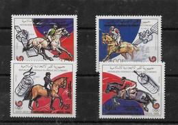 Serie De Comores Nº Yvert 496/98 Y A-273 ** ASTROFILATELIA - Comores (1975-...)