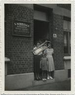 Luingne  (  Moeskroen - Moucron )  :  Vieux Photo 11.5 X 9 Cm  Avec Les Noms ) 2 Scans ( Assurance L' ABEILLE ) - Lugares