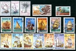18 Timbres Oblitérés Divers Pays Voiliers Bateaux Ships Sea Marine - Boites A Timbres