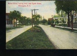 RB335 WILMINGTON - MARKET STREET , LOOKING WEST , NEAR EIGHTH STREET - Wilmington