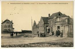 Brancourt Le Grand - La Grand'Place - Café Leconte Dhennequin - Francia