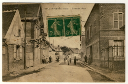 Valdampierre - Grande Rue -  Animée.....1920 - Timbre Taxe - Altri Comuni