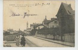 BIARRITZ - Avenue De La Reine Victoria Et L'église Saint Charles - Biarritz