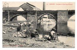 CPA 87 - LIMOGES - LAVEUSES DU PONT SAINT ETIENNE - Limoges