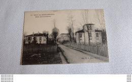 ISSY LES MOULINEAUX : Allée Des Coutures ….................…845 - Issy Les Moulineaux
