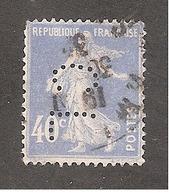 Perforé/perfin/lochung France No 237 CL Crédit Lyonnais (218) - Francia