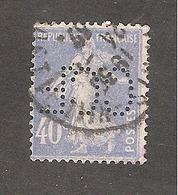 Perforé/perfin/lochung France No 237 C.C.F Crédit Commercial De France (64) - Francia
