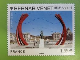 """Timbre France YT 4723 - Personnalité - Bernar Venet - """"85,8° Arc X 16"""" (arcs Au Château De Versailles) - 2013 - Francia"""